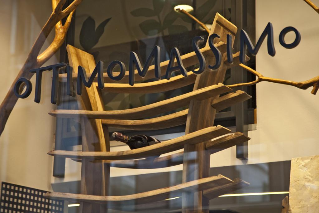 Legno d'Ingegno al Fuorisalone della Milano Design Week con le opere di riuso creativo del legno